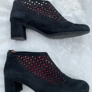 Pos Ole Rouge Black Suede Ankle Boots